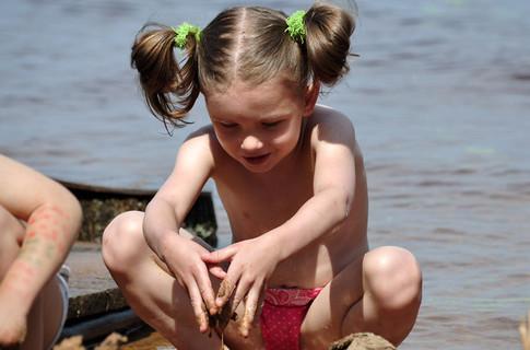 фото на пляже сосут