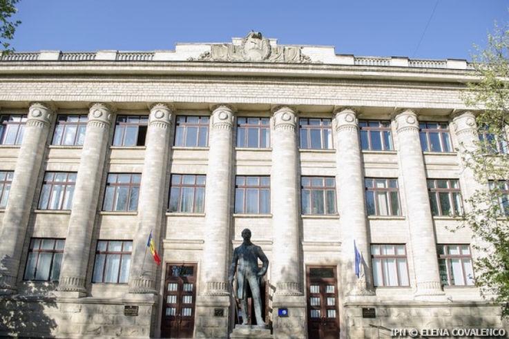 Власти Японии профинансируют оцифровку Национальной библиотеки Молдовы