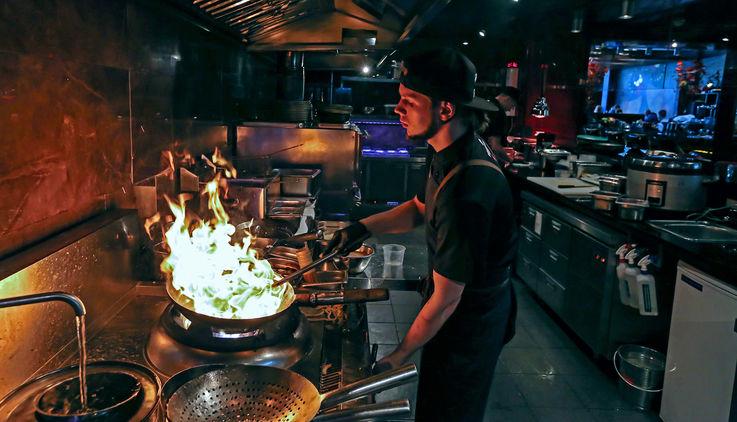 Работники ресторанов приоткрыли интригующие секреты своей профессии