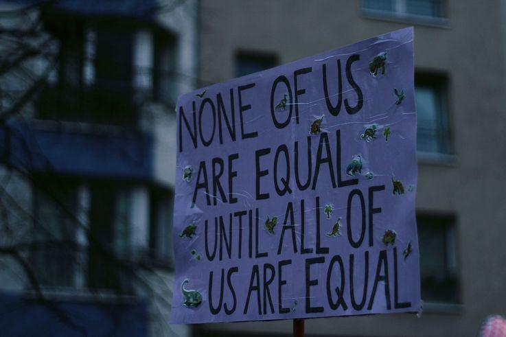 Ce trebuie să știi despre egalitatea salarială