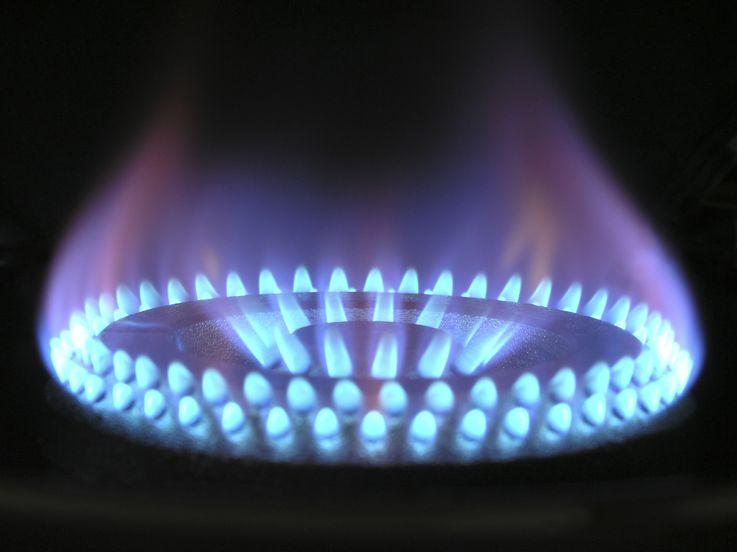 Жители Молдовы могут приобрести на свои зарплаты меньше всего газа