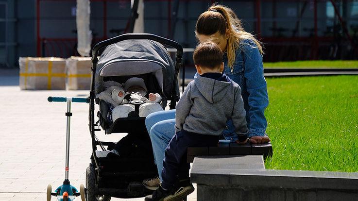 Малоимущим семьям с детьми будет увеличена социальная помощь