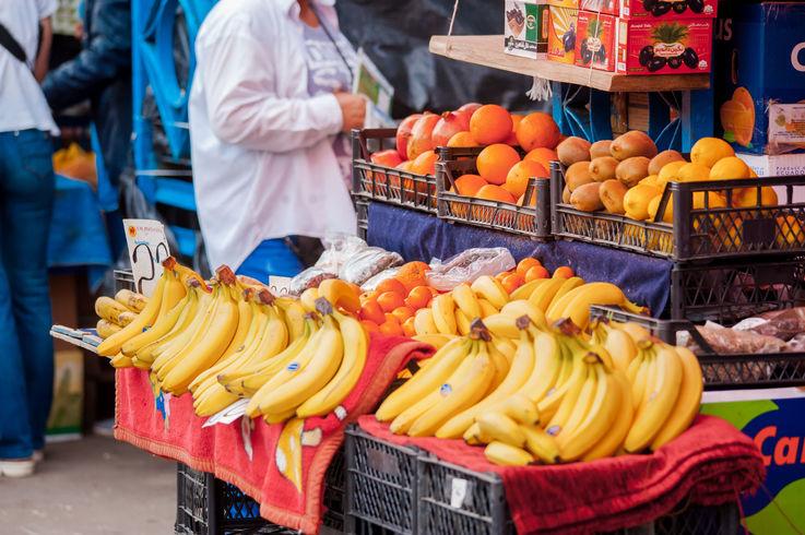 Preţul fructelor exotice a scăzut cu 13% în preajma sărbătorilor