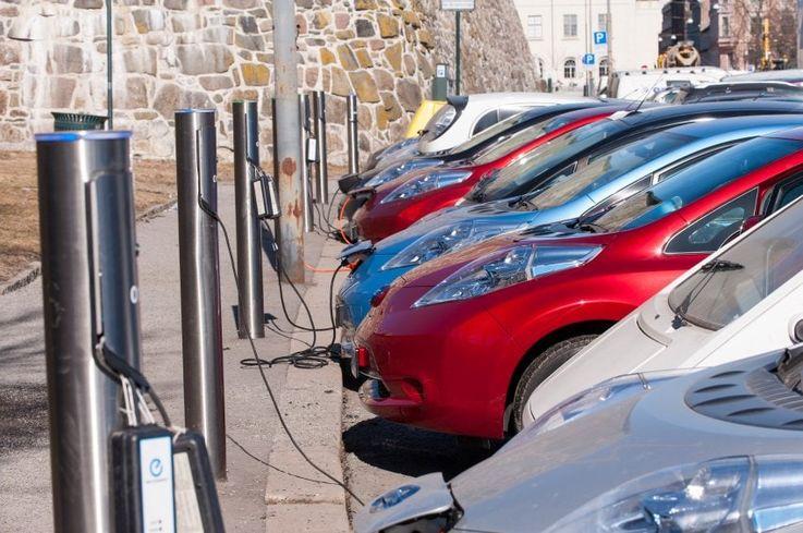 Норвегия готова полностью отказаться от бензина и дизеля