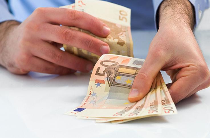 Назван топ-10 стран, откуда поступает больше всего денежных переводов