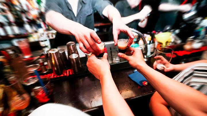 Зачем на Украине ищут алкоголиков, а в Британии нанимают на работу воров