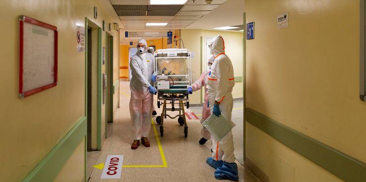 Инфицированные коронавирусом медики получат компенсации из пожертвований