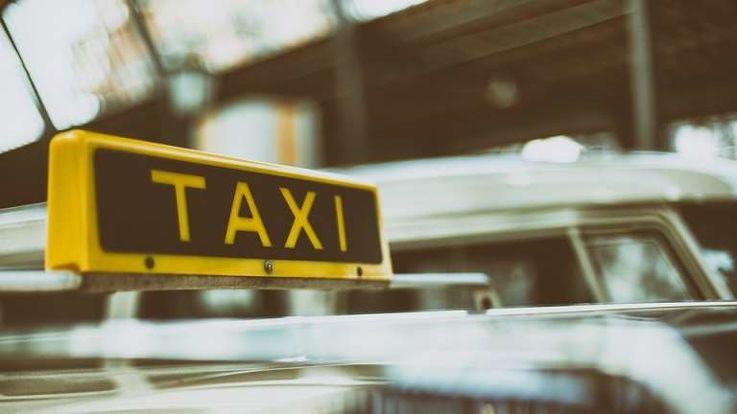 28 часов работы и 10 банок энергетика стали причиной смерти таксиста