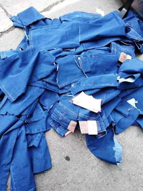 Более 1700 поддельных предметов одежды были уничтожены в 2019 году