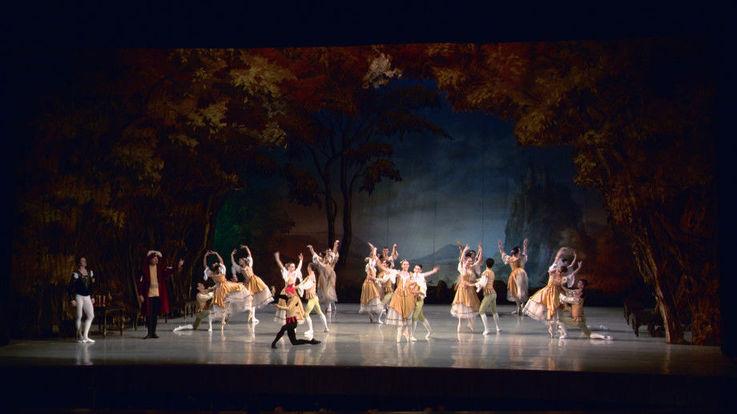В Театре оперы и балета отменены постановки из-за увольнения артистов