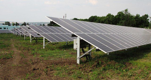 В Молдове построят ещё три парка солнечных батарей