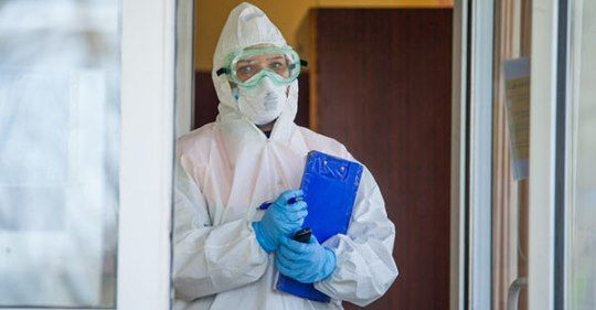 Многие врачи, заболевшие COVID-19, не получили пособия от государства