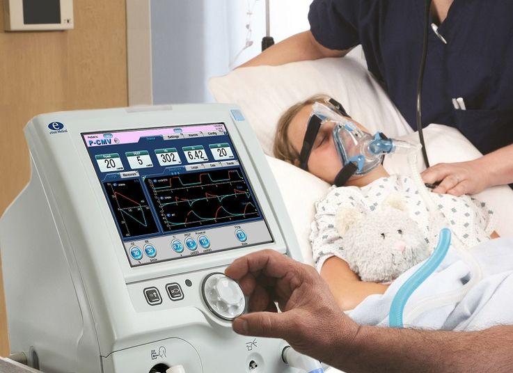 Экономический агент передал в дар больницам Молдовы аппараты ИВЛ