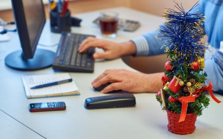 10 способов создать новогоднее настроение в офисе