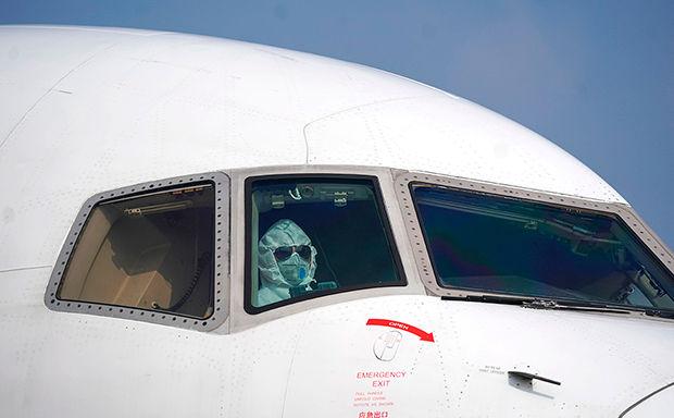 Авиакомпании оказались на грани выживания из-за коронавируса