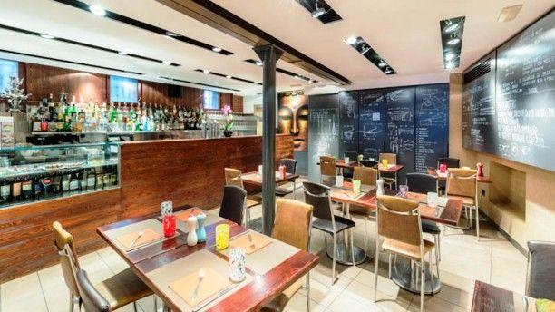 Молдованка открыла в Венеции ресторан, который в списке лучших заведений