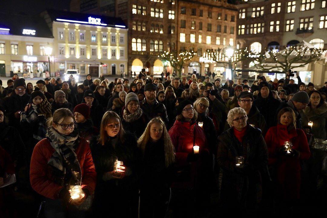Картинки по запросу Шведы изнасилования школьницы