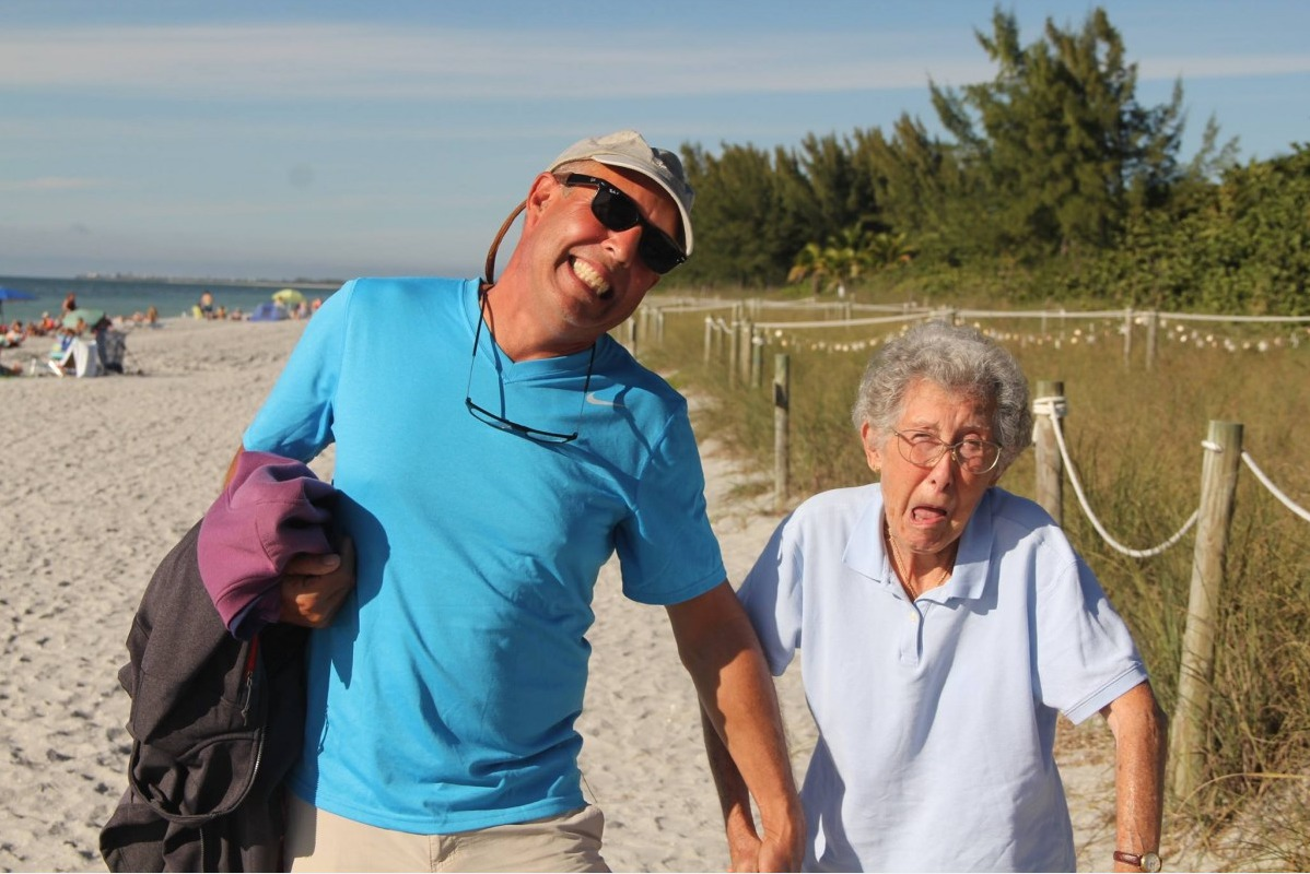 Раком пожилую женщины бабушку 2 фотография