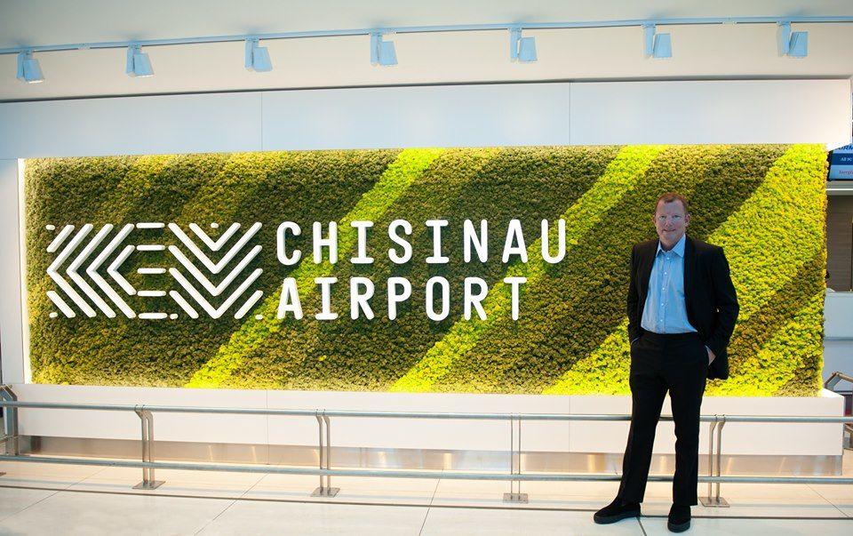 Новый владелец Avia Invest прилетел в Кишинев на частном самолете