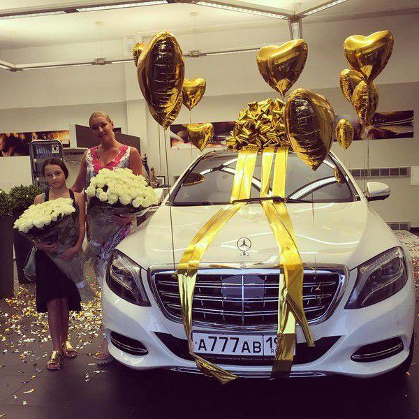 Волочковой подарили автомобиль за 10 миллионов