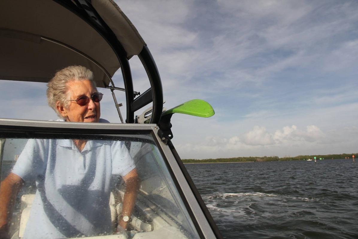 Раком пожилую женщины бабушку 26 фотография