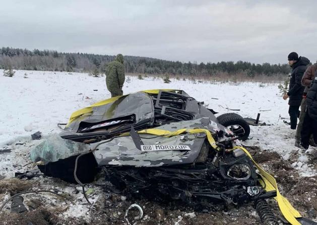 В России ради забавы с вертолета сбросили Gelandewagen