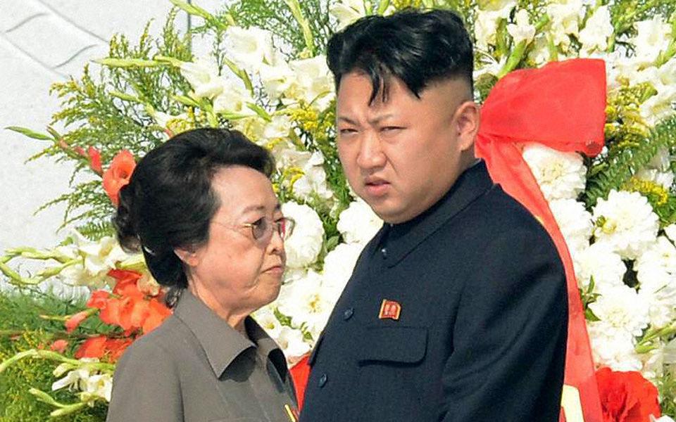 Впервые за долгое время Ким Чен Ын появился на публике со своей тётей (ФОТО)