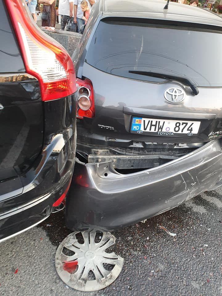 На Чеканах произошла массовая авария