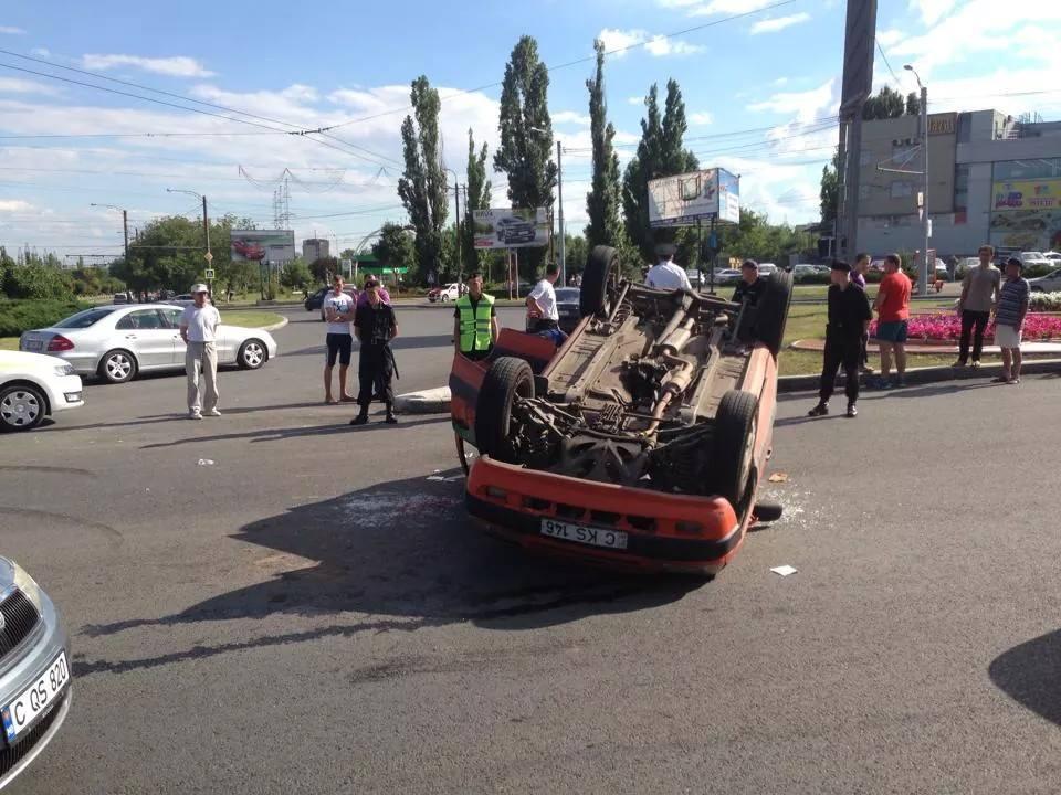 В ташкенте попал в авария авто инкосаторов