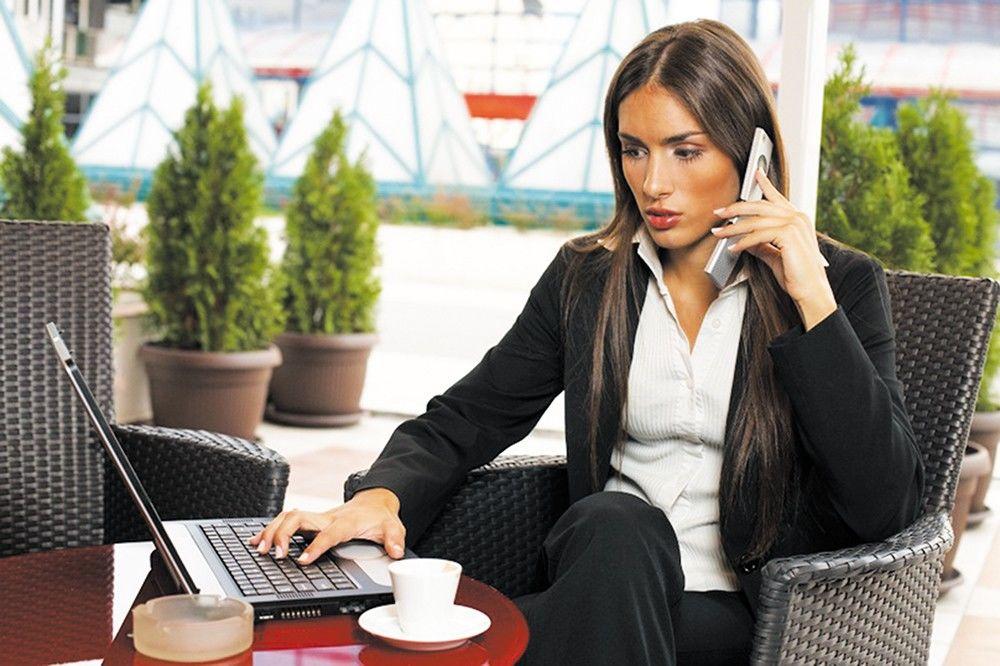 femeie de afaceri)