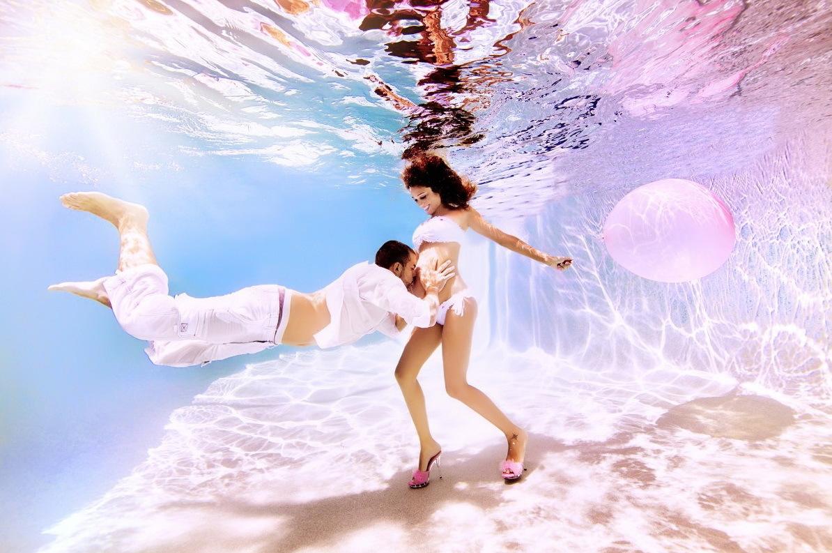 Фотосет красотки под водой 7 фотография