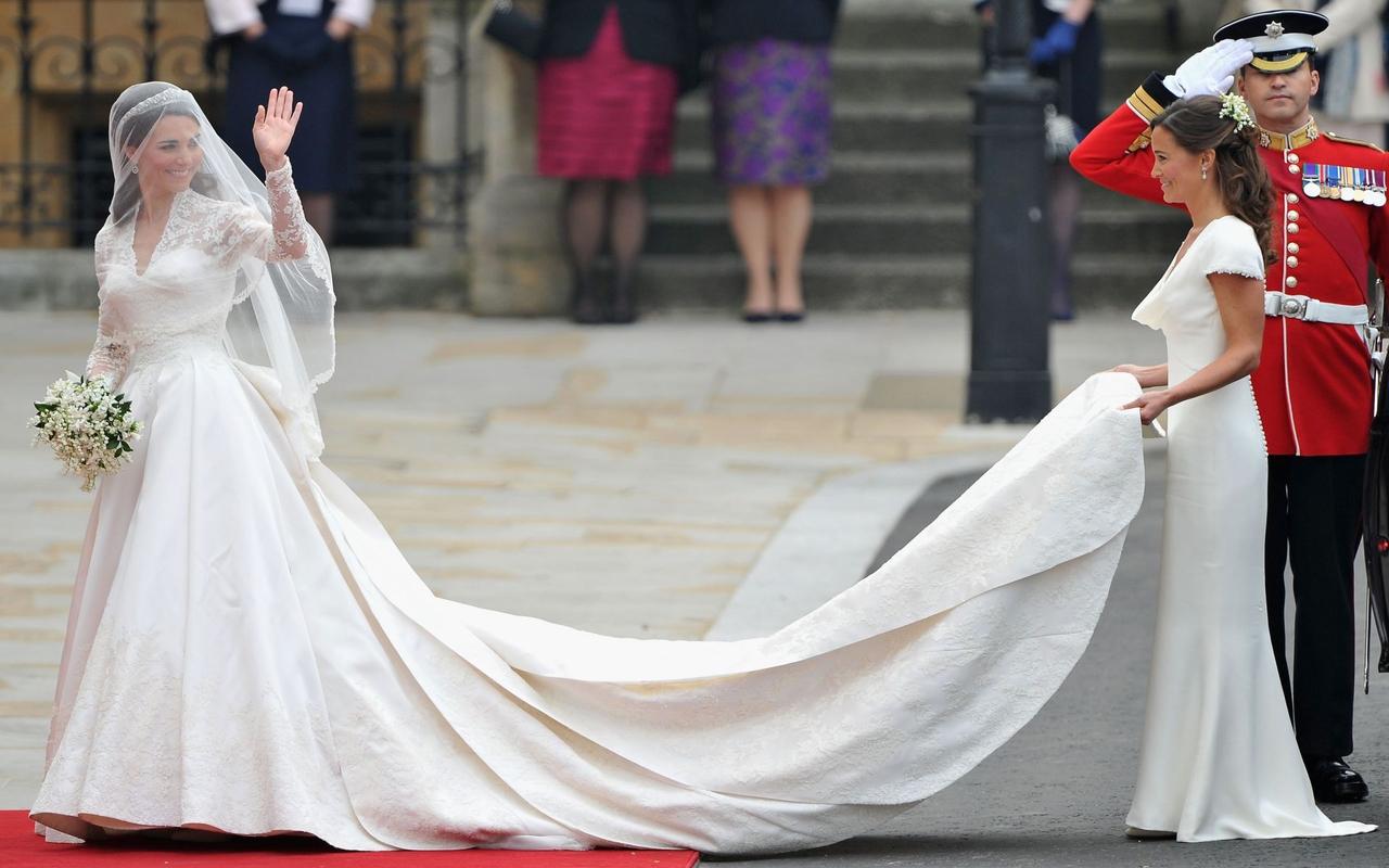 Трахат жену свадебном платие 13 фотография
