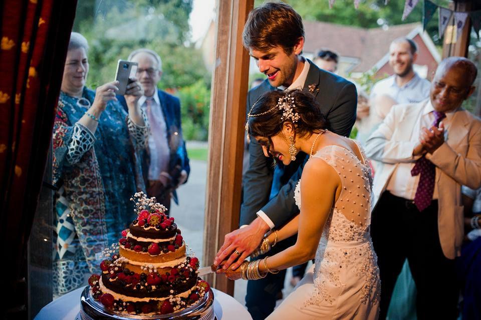 Фотограф раздевает невесту видео фото 687-940