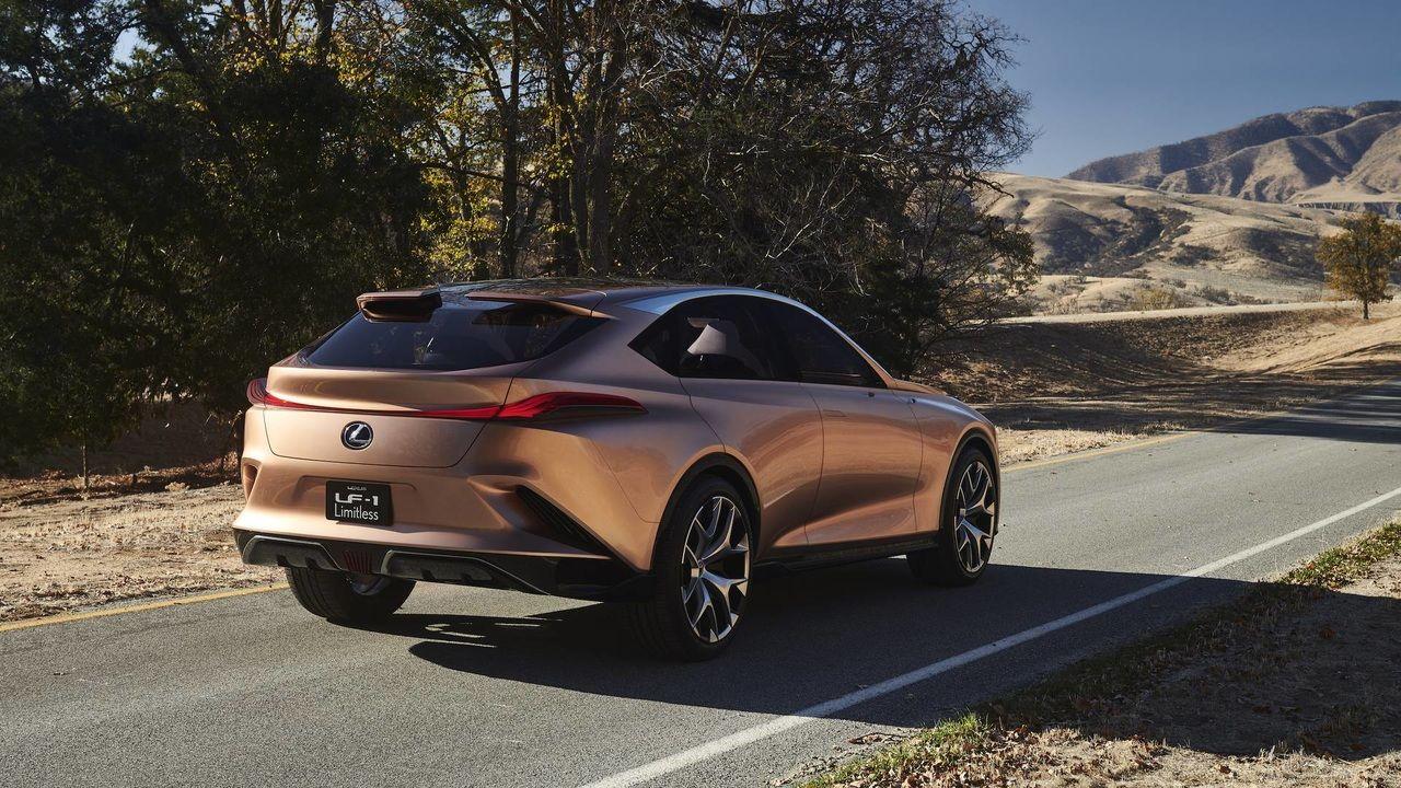 Стало известно название флагманского кроссовера от Lexus