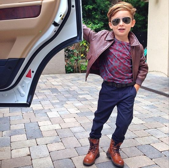 Самый стильный мальчик планеты опубликовал в сети свои новые фото 9b54ad3d7f5