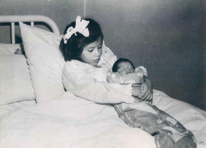 Фото юнои девочки в сперме фото 138-220