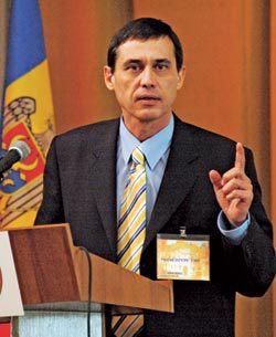 президент федерации футбола, адлан шишханов