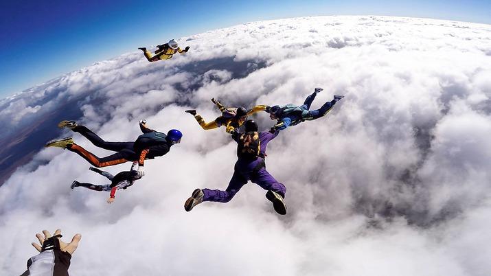 жизнь, прыжки с парашютом