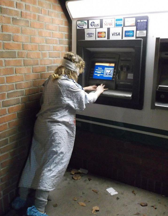смешные картинки с банкоматами своего слава знал