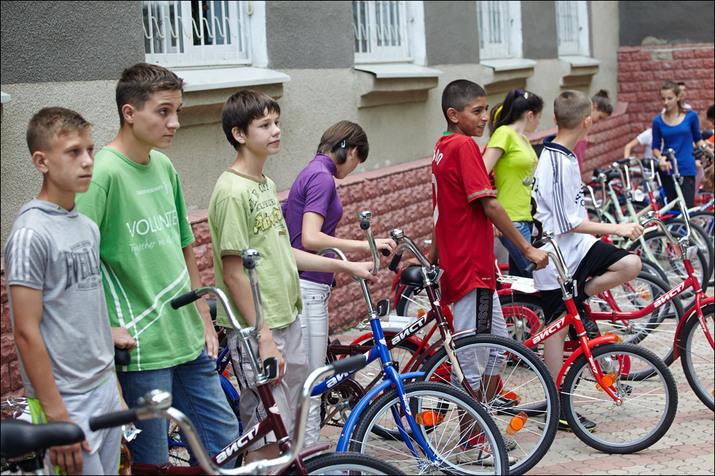 велосипед, дети сироты