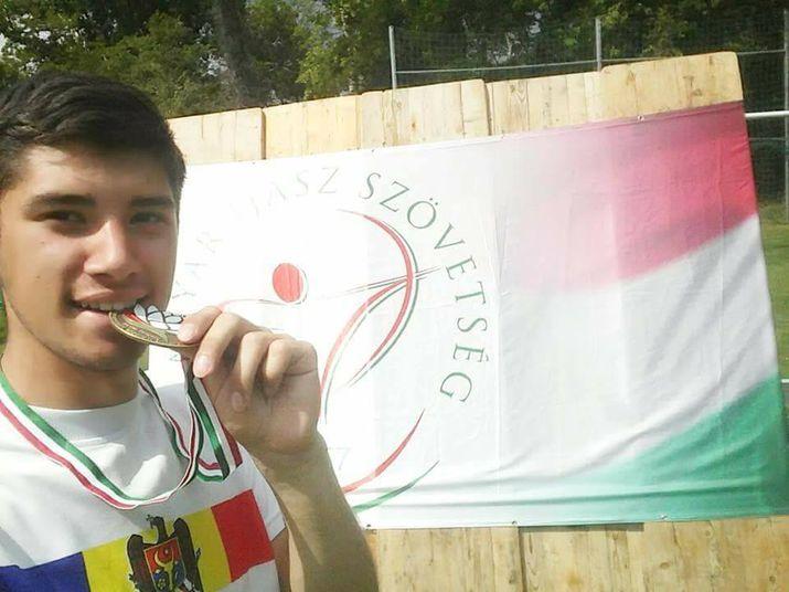 молдавский лучник, стрельба из лука