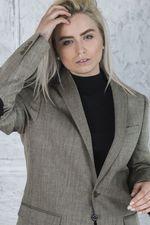 Пиджак женский с заплатками на локтях