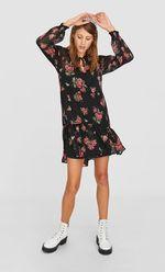 Платье Stradivarius Черный в цветочек 6306/654/001