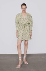 Платье ZARA Белый с цветами 6895/063/500