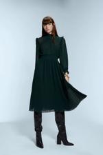 Платье ZARA Темно зеленый 4387/225/532