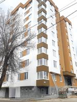 Apartament cu 3 camere+living, sect. Botanica, str. Costiujeni.