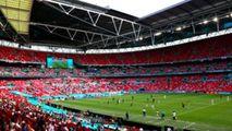 EURO 2020: Un spectator de la meciul Anglia-Croația a căzut din tribună