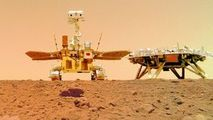 Noi imagini spectaculoase surprinse de robotul trimis de China pe Marte
