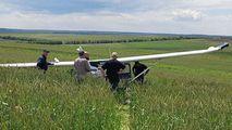 Dezvăluiri despre avionul aterizat forţat pe deal: Nu e primul accident