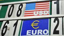 Curs valutar 18 aprilie 2021: Cât valorează un euro și un dolar